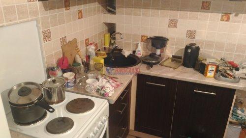 1-комнатная квартира (32м2) на продажу по адресу Мурино пос., Оборонная ул., 2— фото 4 из 12