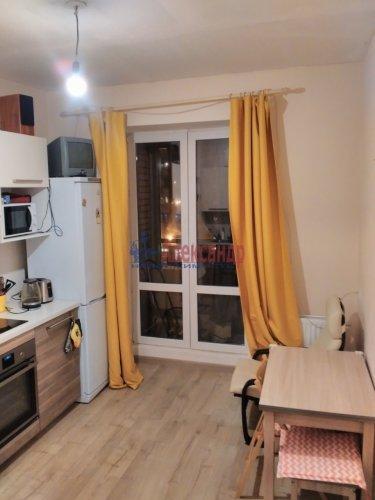 1-комнатная квартира (36м2) на продажу по адресу Кудрово дер., Ленинградская ул., 9— фото 1 из 13