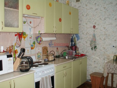 2-комнатная квартира (60м2) на продажу по адресу Доблести ул., 17— фото 10 из 21