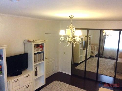 1-комнатная квартира (41м2) на продажу по адресу Шуваловский пр., 74— фото 2 из 16