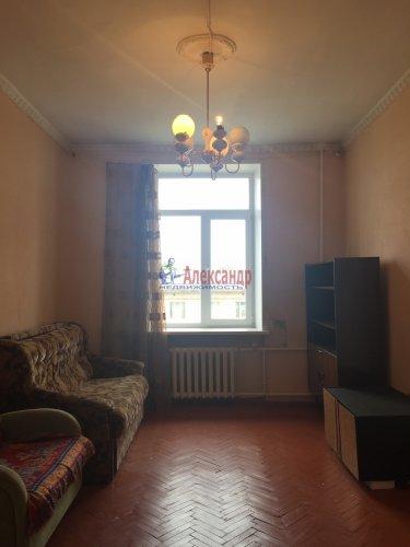 Комната в 3-комнатной квартире (89м2) на продажу по адресу Краснопутиловская ул., 25— фото 5 из 13