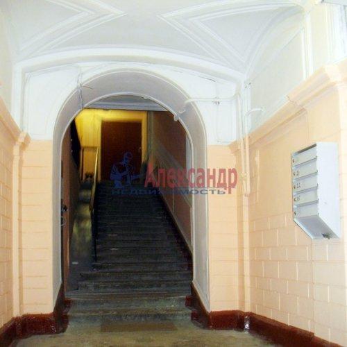 2 комнаты в 3-комнатной квартире (66м2) на продажу по адресу Полтавская ул., 5/29— фото 2 из 5