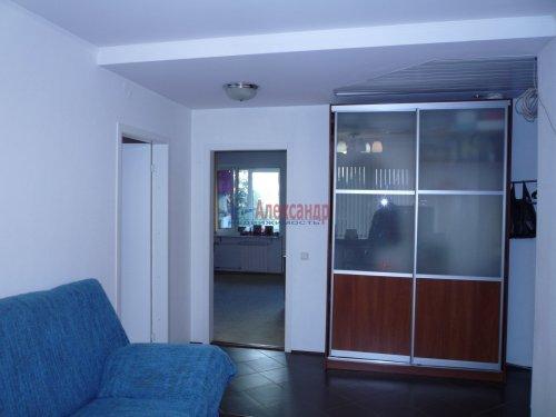 3-комнатная квартира (63м2) на продажу по адресу Сертолово г., Молодежная ул., 6— фото 2 из 8