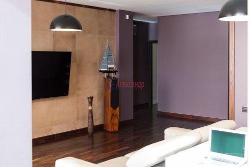 3-комнатная квартира (113м2) на продажу по адресу Выборгское шос., 15— фото 4 из 22