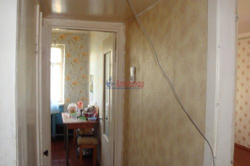 3-комнатная квартира (61м2) на продажу по адресу Кириши г., Молодежный бул., 16— фото 11 из 13