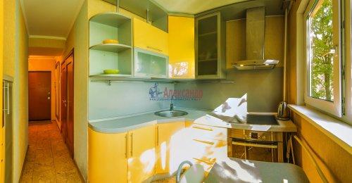 2-комнатная квартира (44м2) на продажу по адресу Композиторов ул., 24— фото 12 из 16