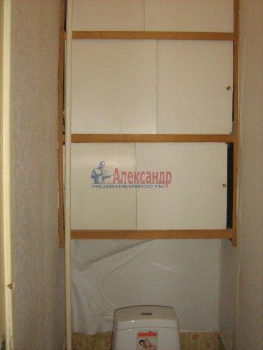 2-комнатная квартира (50м2) на продажу по адресу Светлановский просп., 62— фото 15 из 22