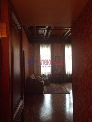 2-комнатная квартира (132м2) на продажу по адресу Канала Грибоедова наб., 96— фото 8 из 18