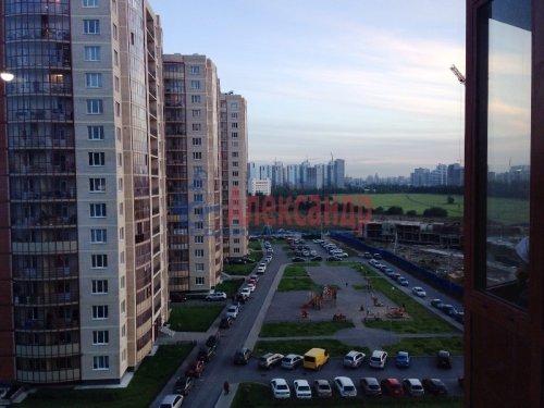 1-комнатная квартира (38м2) на продажу по адресу Мурино пос., Шоссе в Лаврики ул., 83— фото 1 из 5