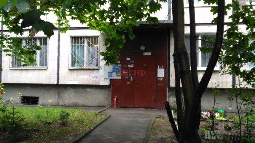 1-комнатная квартира (31м2) на продажу по адресу Карпинского ул., 22— фото 3 из 15