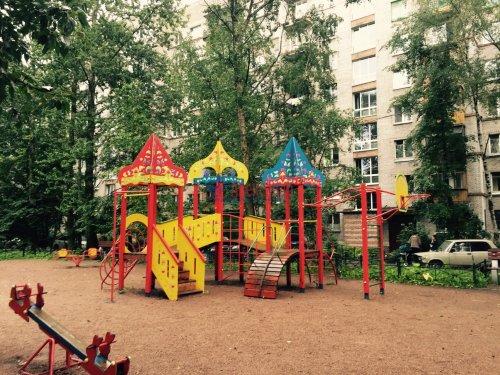 1-комнатная квартира (30м2) на продажу по адресу Народного Ополчения пр., 141— фото 11 из 13