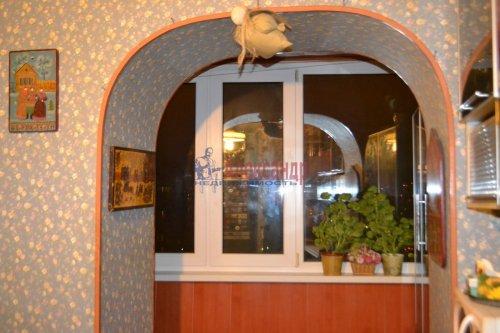 3-комнатная квартира (70м2) на продажу по адресу Художников пр., 13— фото 11 из 18