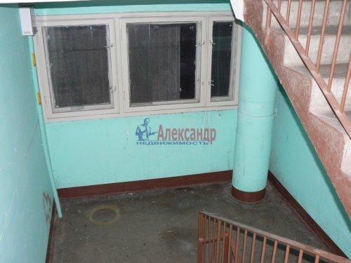 3-комнатная квартира (64м2) на продажу по адресу Серебристый бул., 34— фото 2 из 2