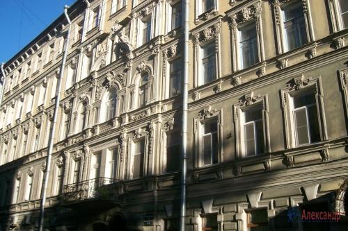 Комната в 4-комнатной квартире (89м2) на продажу по адресу Зверинская ул., 17а— фото 4 из 8