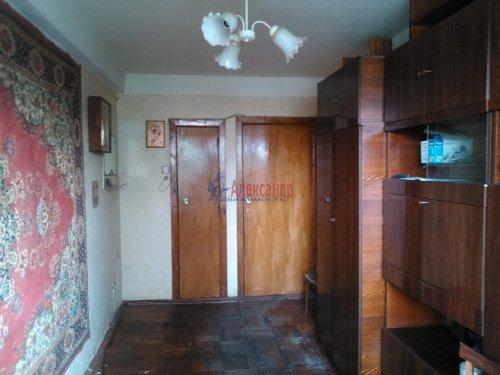 Комната в 3-комнатной квартире (58м2) на продажу по адресу Новоизмайловский просп., 45— фото 1 из 8