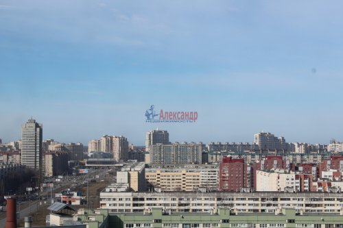3-комнатная квартира (98м2) на продажу по адресу Коломяжский пр., 26— фото 4 из 8