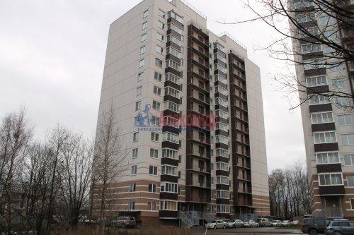 2-комнатная квартира (55м2) на продажу по адресу Мурино пос., Шоссе в Лаврики ул., 34— фото 1 из 13