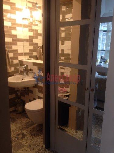 3-комнатная квартира (70м2) на продажу по адресу Адмирала Черокова ул., 18— фото 16 из 31