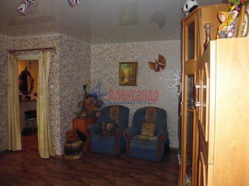 2-комнатная квартира (41м2) на продажу по адресу Подпорожье г., Паромная ул., 31— фото 3 из 12