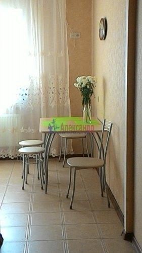1-комнатная квартира (46м2) на продажу по адресу Науки пр., 17— фото 7 из 18