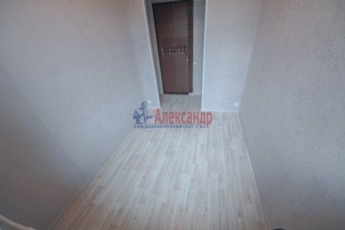 Комната в 9-комнатной квартире (248м2) на продажу по адресу Васи Алексеева ул., 16— фото 2 из 16