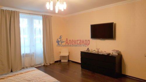 2-комнатная квартира (91м2) на продажу по адресу Пулковская ул., 2— фото 6 из 10