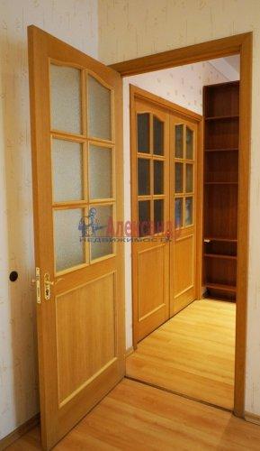 2-комнатная квартира (120м2) на продажу по адресу 5 линия В.О., 34— фото 9 из 24