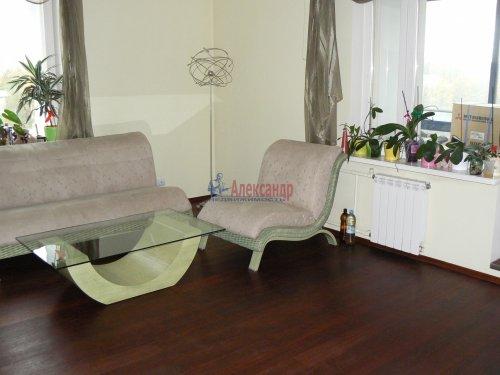 2-комнатная квартира (77м2) на продажу по адресу Тореза пр., 112— фото 12 из 24