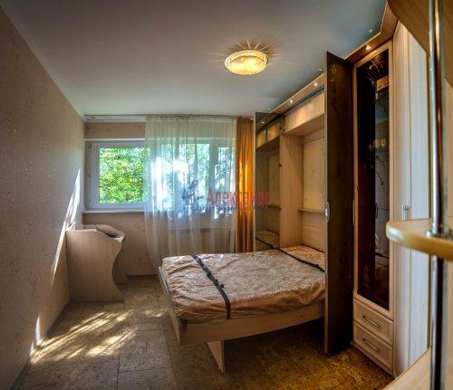 2-комнатная квартира (44м2) на продажу по адресу Композиторов ул., 24— фото 15 из 16