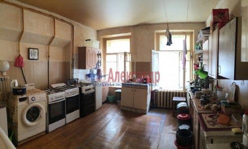 Комната в 9-комнатной квартире (171м2) на продажу по адресу Яблочкова ул., 3— фото 3 из 11