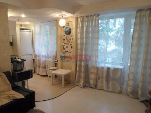 2-комнатная квартира (43м2) на продажу по адресу Павловск г., Гуммолосаровская ул., 25— фото 2 из 7