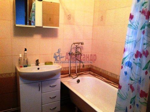 1-комнатная квартира (47м2) на продажу по адресу Синявино 1-е пгт., Кравченко ул., 11— фото 9 из 18