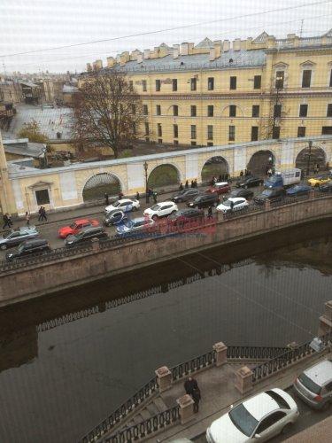 3-комнатная квартира (96м2) на продажу по адресу Канала Грибоедова наб., 27— фото 10 из 11