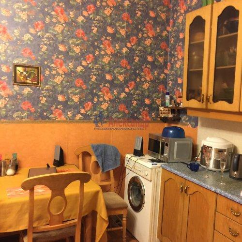 2-комнатная квартира (87м2) на продажу по адресу 14 линия В.О., 31-33— фото 1 из 18