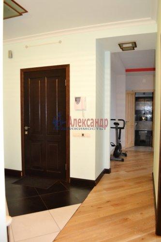 3-комнатная квартира (80м2) на продажу по адресу Комендантский пр., 53— фото 9 из 18