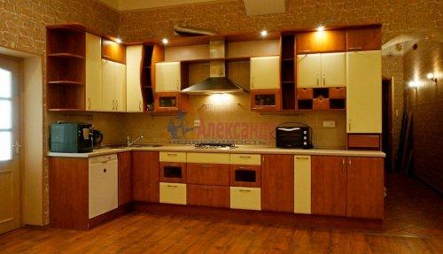 2-комнатная квартира (120м2) на продажу по адресу 5 линия В.О., 34— фото 12 из 24