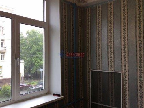 Комната в 10-комнатной квартире (190м2) на продажу по адресу Севастьянова ул., 12— фото 1 из 8