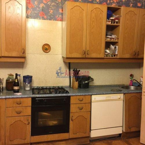 2-комнатная квартира (87м2) на продажу по адресу 14 линия В.О., 31-33— фото 2 из 18