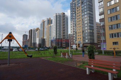 2-комнатная квартира (64м2) на продажу по адресу Дунайский пр., 7— фото 1 из 8