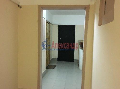 2-комнатная квартира (56м2) на продажу по адресу Ленская ул., 19— фото 9 из 14