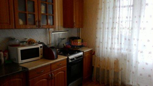 3-комнатная квартира (67м2) на продажу по адресу Кириши г., Ленина пр., 30— фото 2 из 15