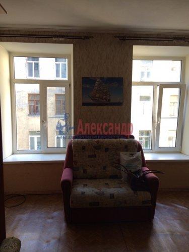 Комната в 9-комнатной квартире (171м2) на продажу по адресу Яблочкова ул., 3— фото 9 из 11
