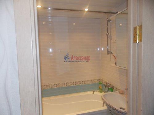 3-комнатная квартира (72м2) на продажу по адресу Шлиссельбург г., Малоневский канал ул., 10— фото 8 из 11