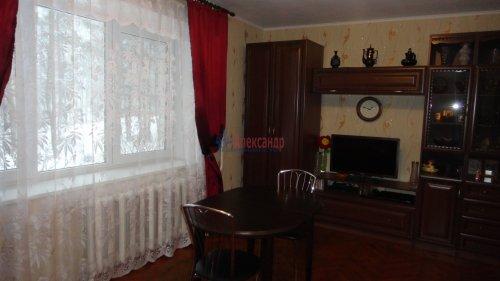 2-комнатная квартира (55м2) на продажу по адресу Сертолово г., Заречная ул., 1— фото 3 из 14