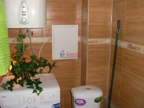 1-комнатная квартира (55м2) на продажу по адресу Сосново пос., Никитина ул.— фото 15 из 25