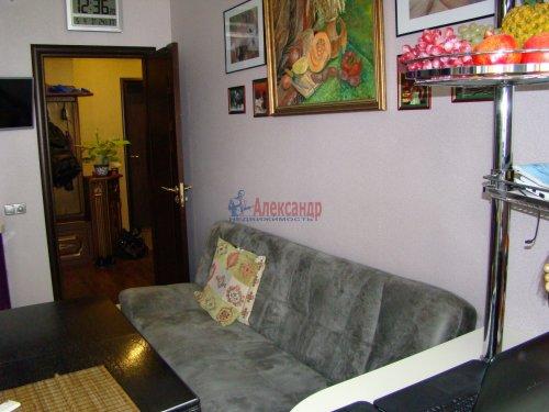 1-комнатная квартира (42м2) на продажу по адресу Петергофское шос., 45— фото 9 из 17