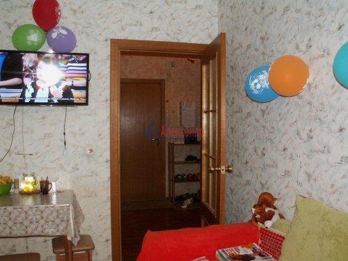 2-комнатная квартира (60м2) на продажу по адресу Доблести ул., 17— фото 11 из 21