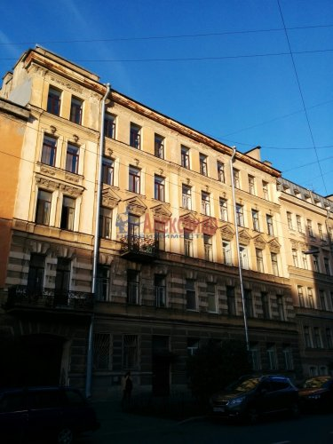 Комната в 4-комнатной квартире (109м2) на продажу по адресу 4 Советская ул., 4— фото 1 из 9
