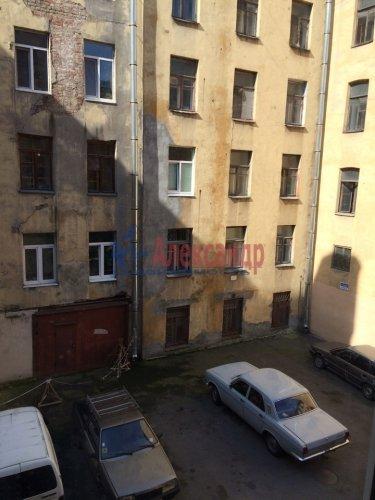 Комната в 9-комнатной квартире (171м2) на продажу по адресу Яблочкова ул., 3— фото 10 из 11