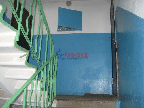 4-комнатная квартира (50м2) на продажу по адресу Свердлова пгт., 1-й мкр., 37— фото 9 из 11